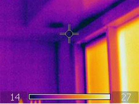 Thermal image of the air leaks around the window perimeter