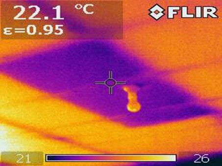 Thermal image indicating an area of missing insulation
